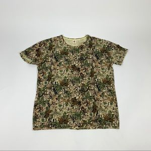 Camo t shirt size med